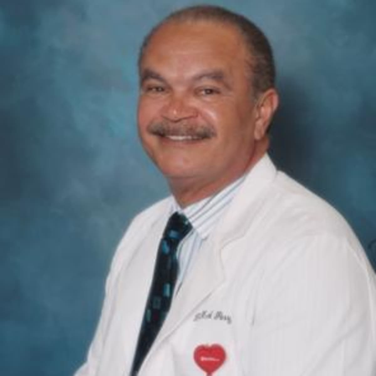 dr frank perry jr md cookeville tn internist