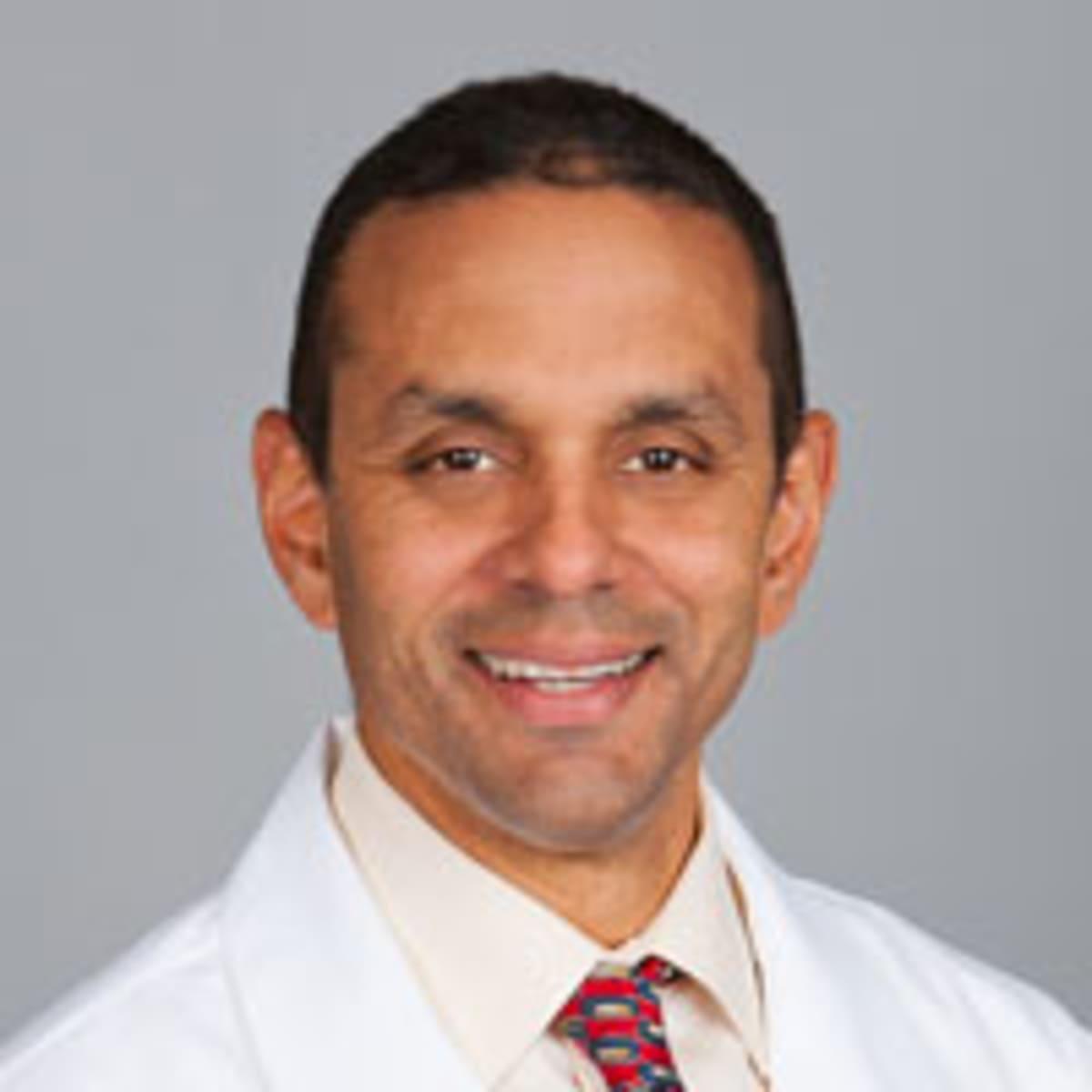 dr abraham shurland md stoneham ma sports medicine doctor. Black Bedroom Furniture Sets. Home Design Ideas