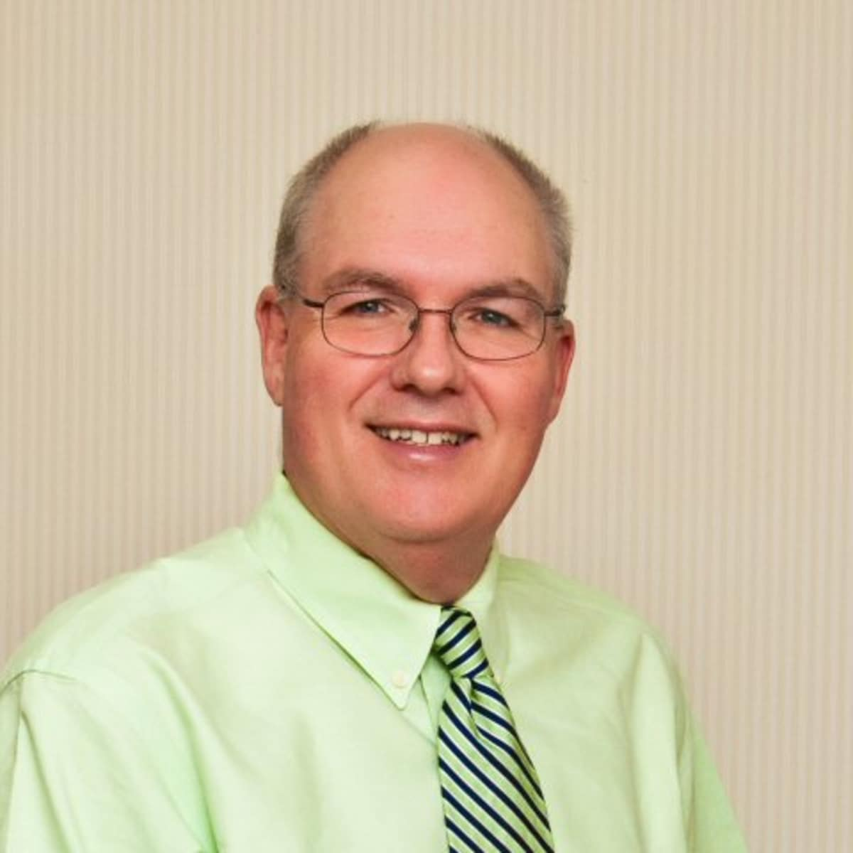 dr jr Jr graham dds usa info@jrgrahamdds  dr jr graham has been a family dentist in marietta, ga for over 19 years he graduated from the university of florida and is .