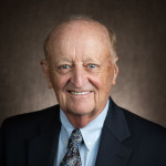 Dr. Thomas D Haye