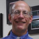 Dr. Robert D King, DDS