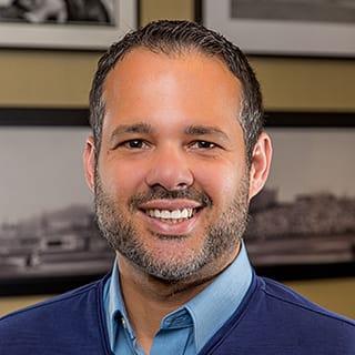 Dr. Angel L Velazquez Santiago MD