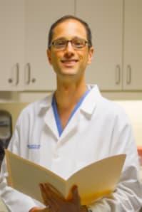 Dr. Benjamin E Levitzky MD