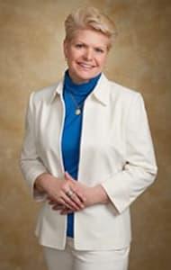 Lynn L Mcintosh, DC Chiropractor