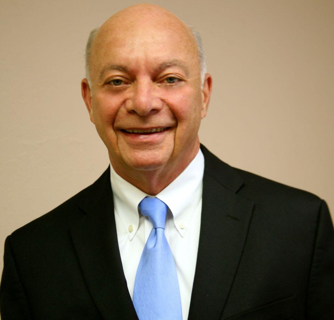 Daniel P Hillis, DC Chiropractor