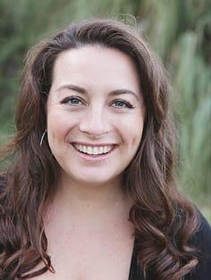 Jennifer J Padrta, DC Chiropractor