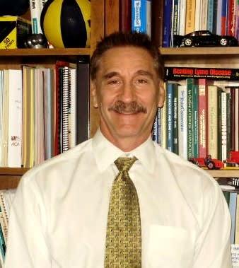 Dr. Dennis A Santo DC