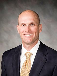 Brett D Hoeft, DC Chiropractor