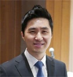 Dr. Howard H Nguyen