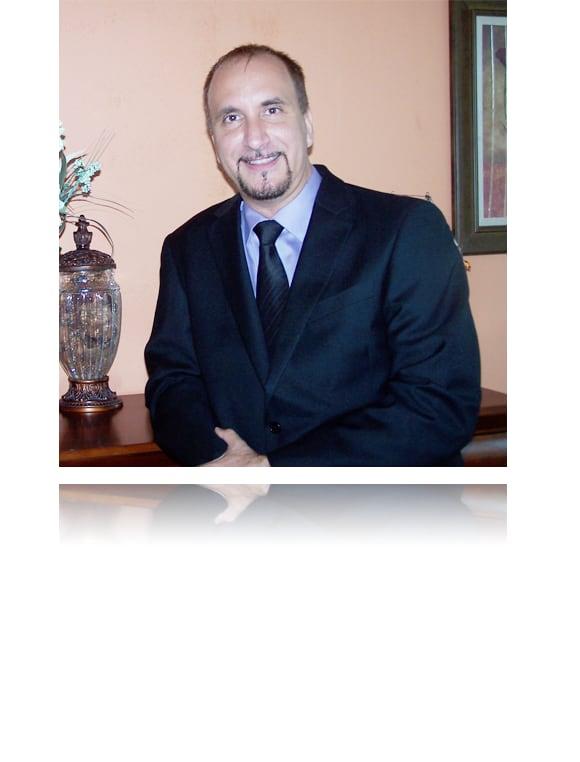 Dr. Alexander Resnansky DDS