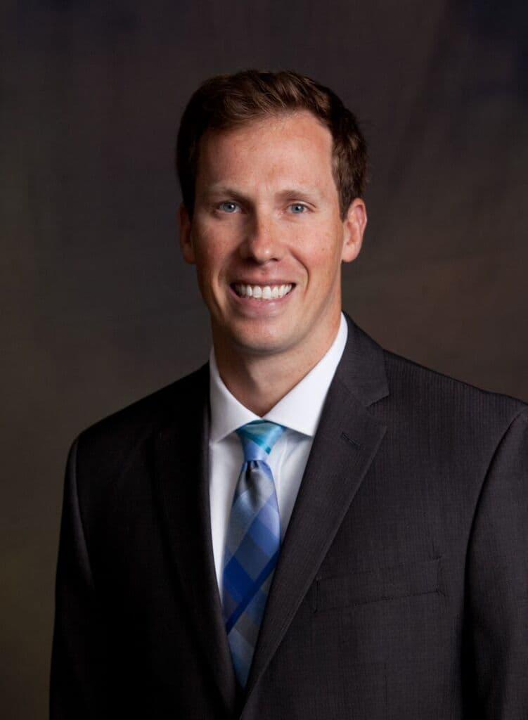 Dr. Jeffrey W Moos