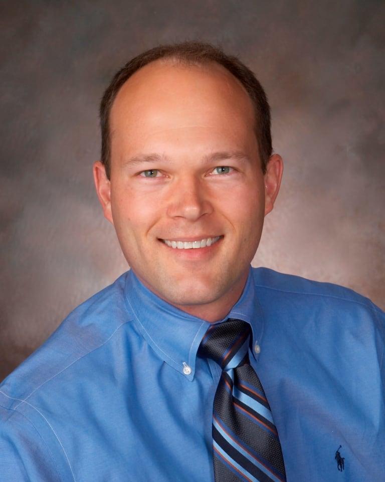 Wyn D Steckbauer, DDS General Dentistry