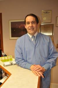 Dr. Wayne E Svoboda