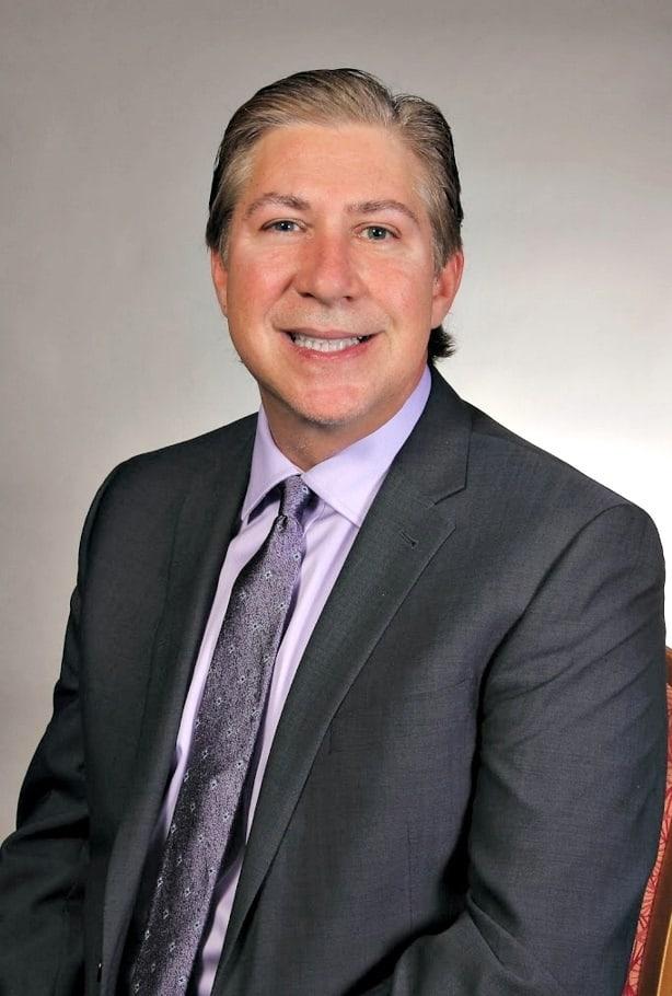 Dr. Gary R Pruitt