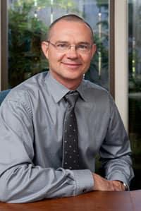 Dr. Glenn D Balkins DDS