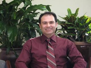 Dr. Sasan Aghabeigi DDS