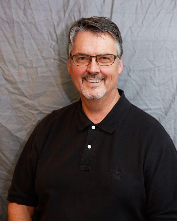 Dennis L Bradshaw, DDS General Dentistry