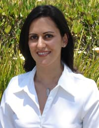 Roxana Ramezani General Dentistry