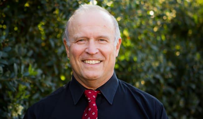 Dr. David W Streiff