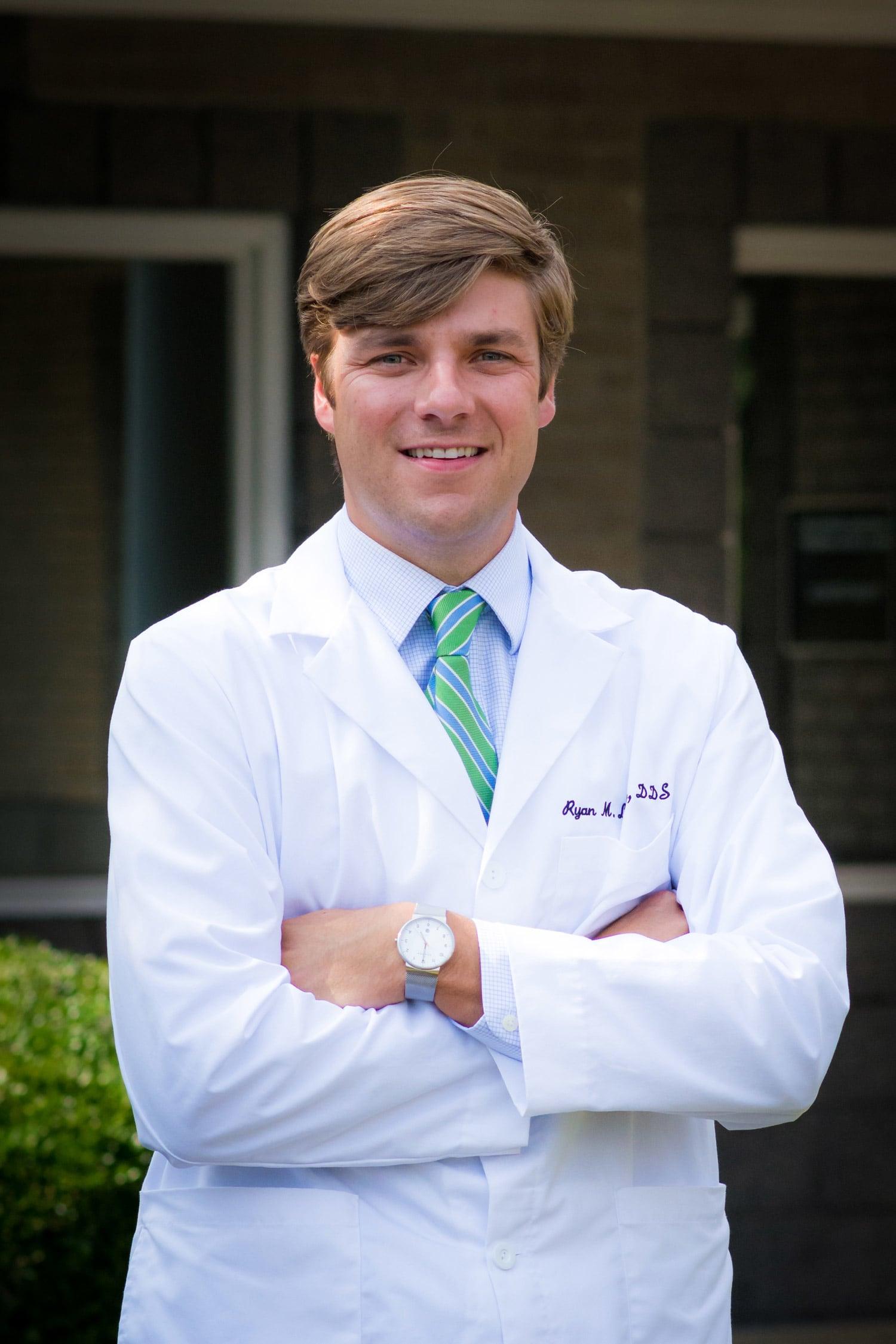 Dr. Ryan M Londry