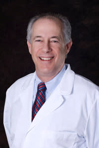 Glenn S Levin, MD Optometry