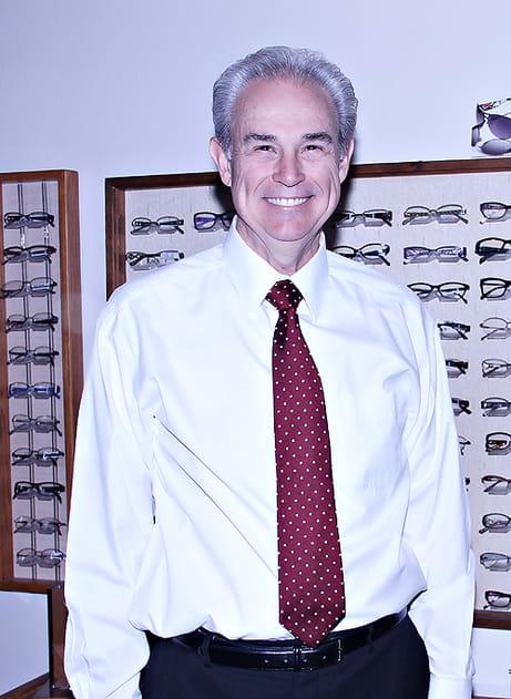 Kenneth E Hooton, OD