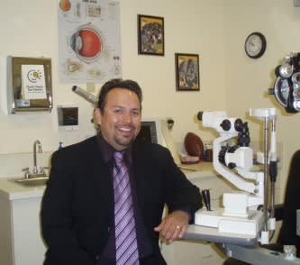 Edgar C Aguilar, OD Optometry