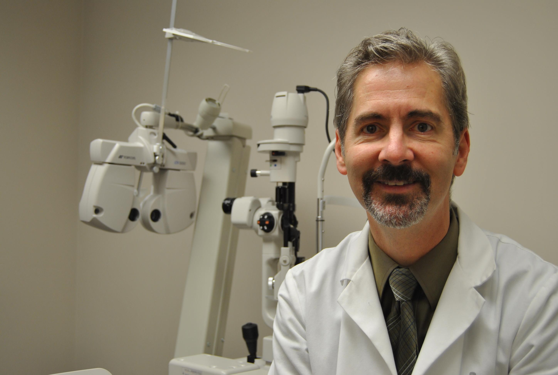 Arlie R Vanderhoof, MD Optometry