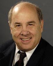 Dr. Robert D Martin MD