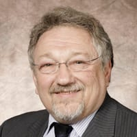Dr. Paul B Nussbaum MD