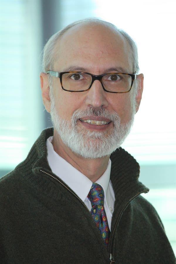 Dr. Arthur Gutierrez-Hartmann MD