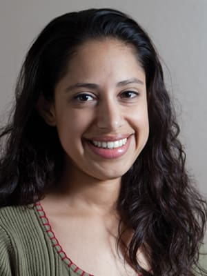 Dr. Marilyn Calderon MD