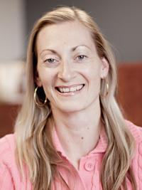 Dr. Donna Gilbert