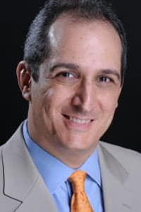 Eduardo Nicolaievsky, MD General Dentistry