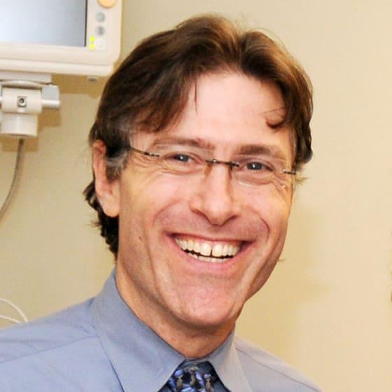 Dr. Lukas R Kolm MD