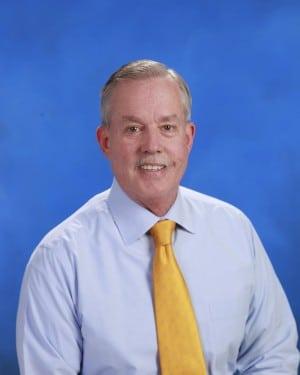 Dr. Gary W Dausmann MD
