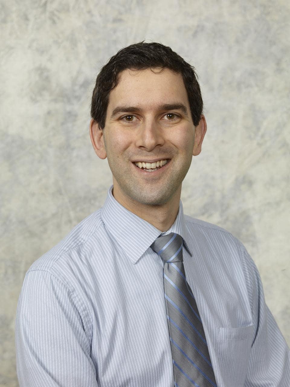 Dr. Paul J Lagonigro MD