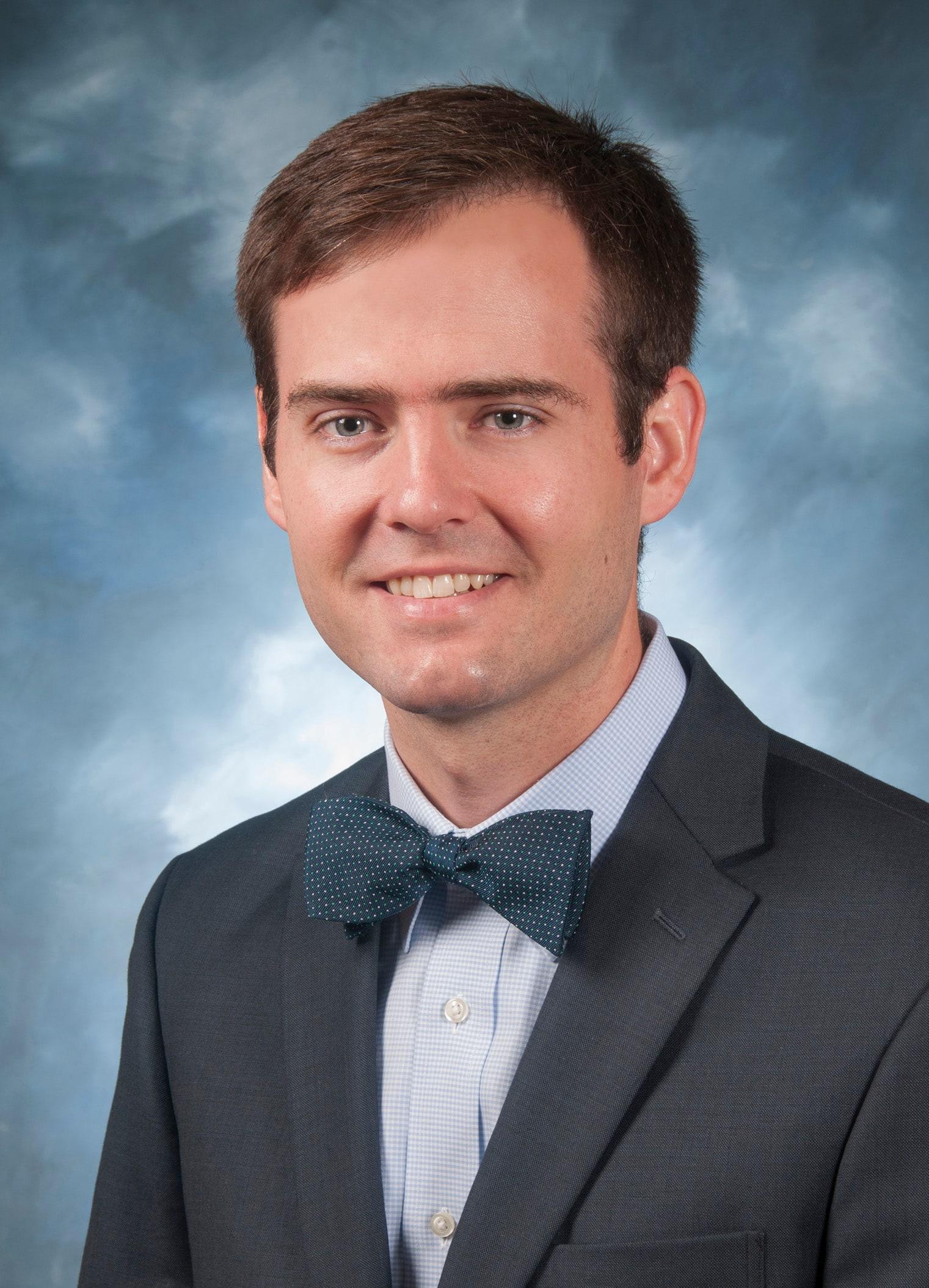 Dr. Sean M Gratton MD