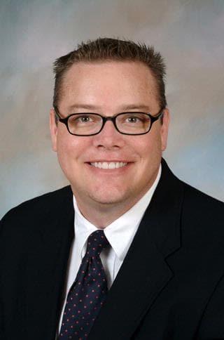 Dr. Clifford R Everett MD