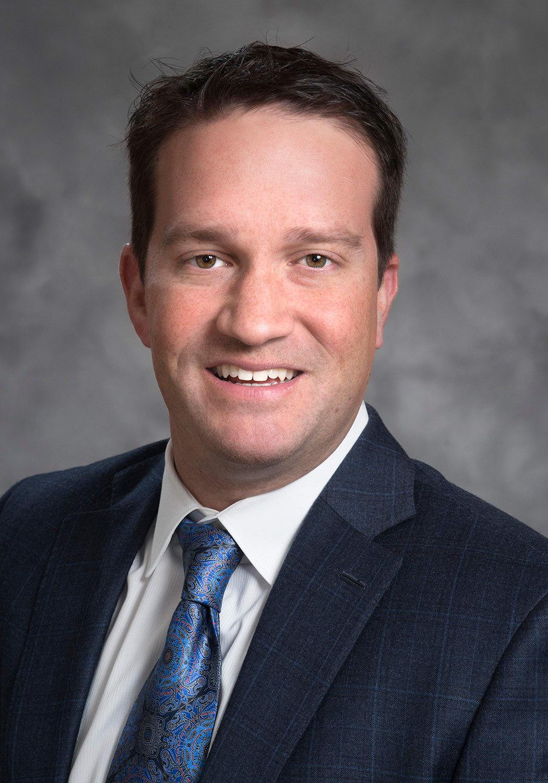 Dr. Scott M Ravis MD