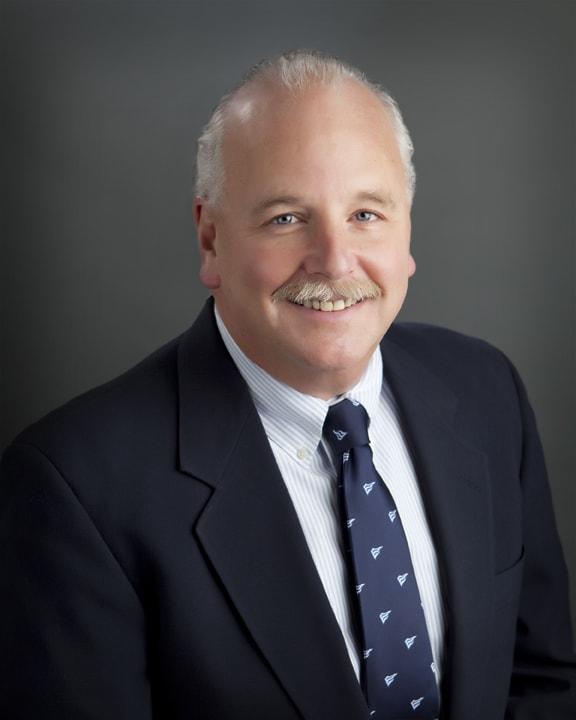 Dr. Douglas C Wisch MD