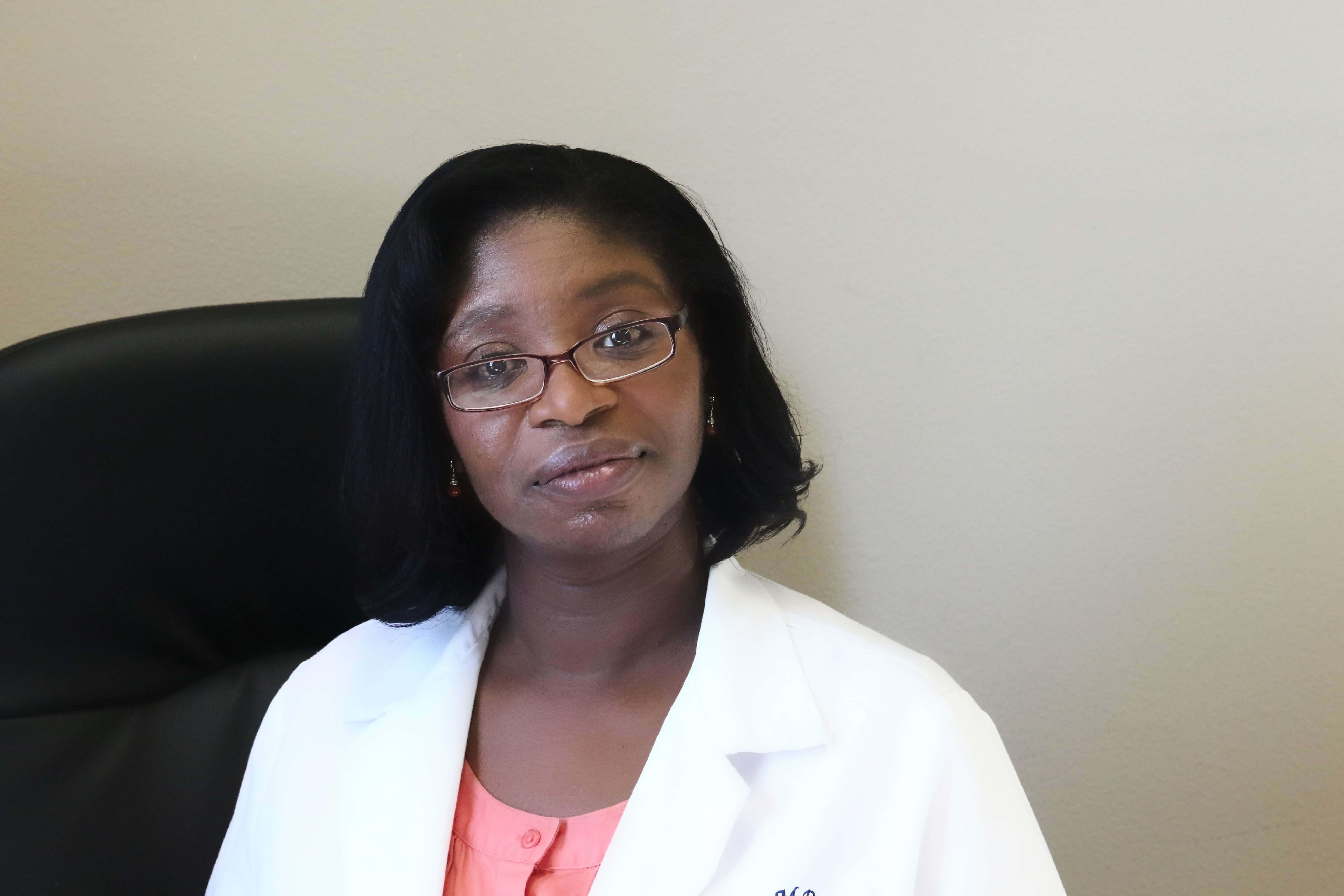 Dr. Lucia E Gilling MD