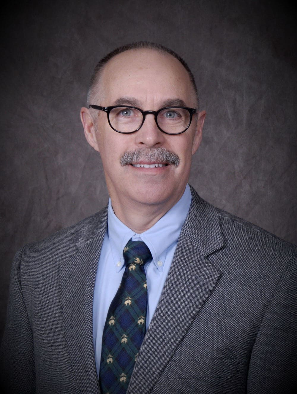 Dr. Peter D Buckley MD