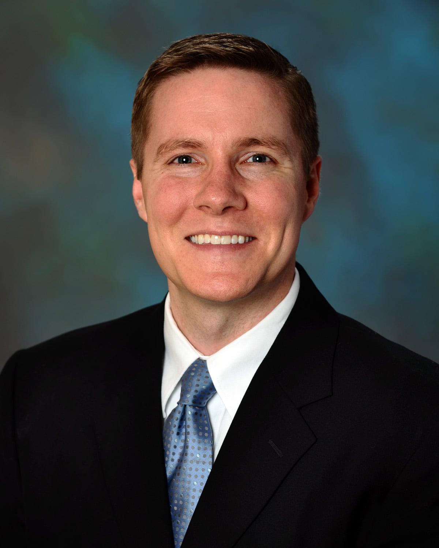 Dr. Daniel F Robertshaw MD