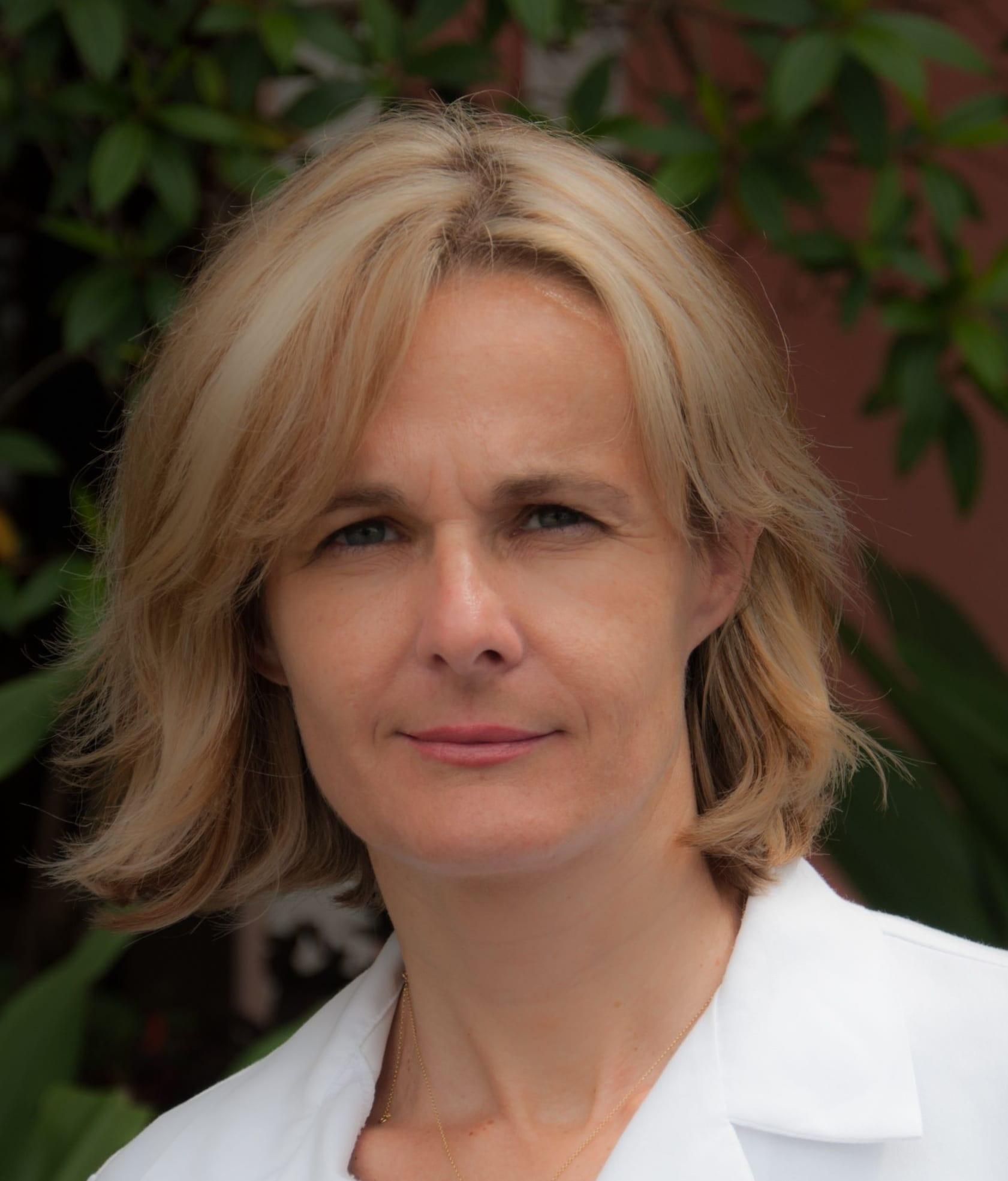 Dr. Aleksandra Kraeher MD