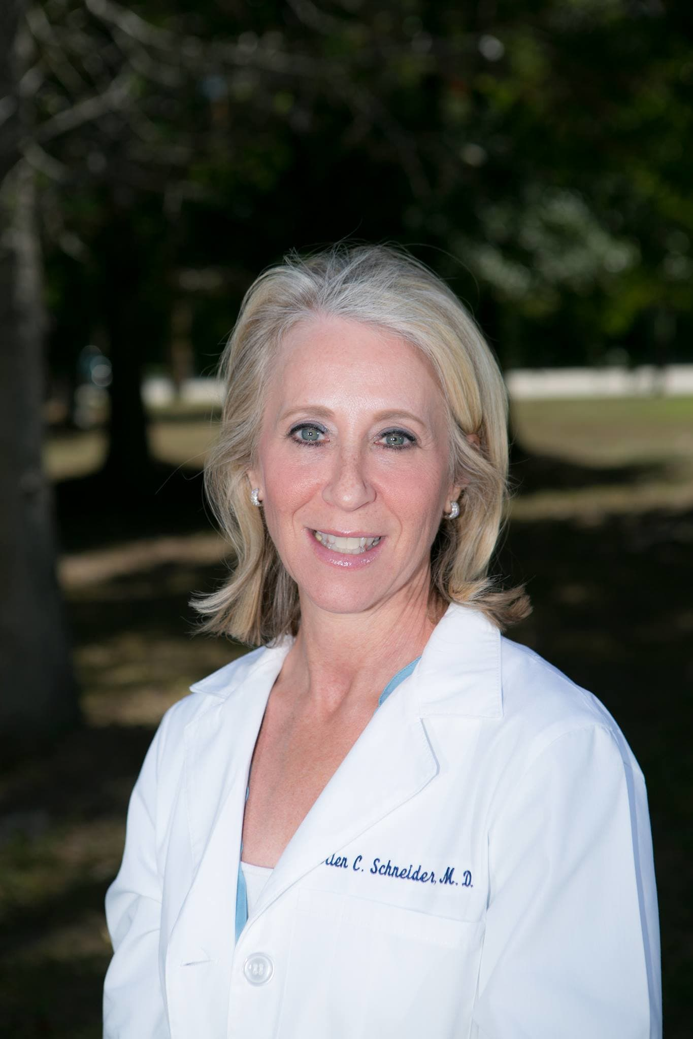 Dr. Ellen C Schneider MD