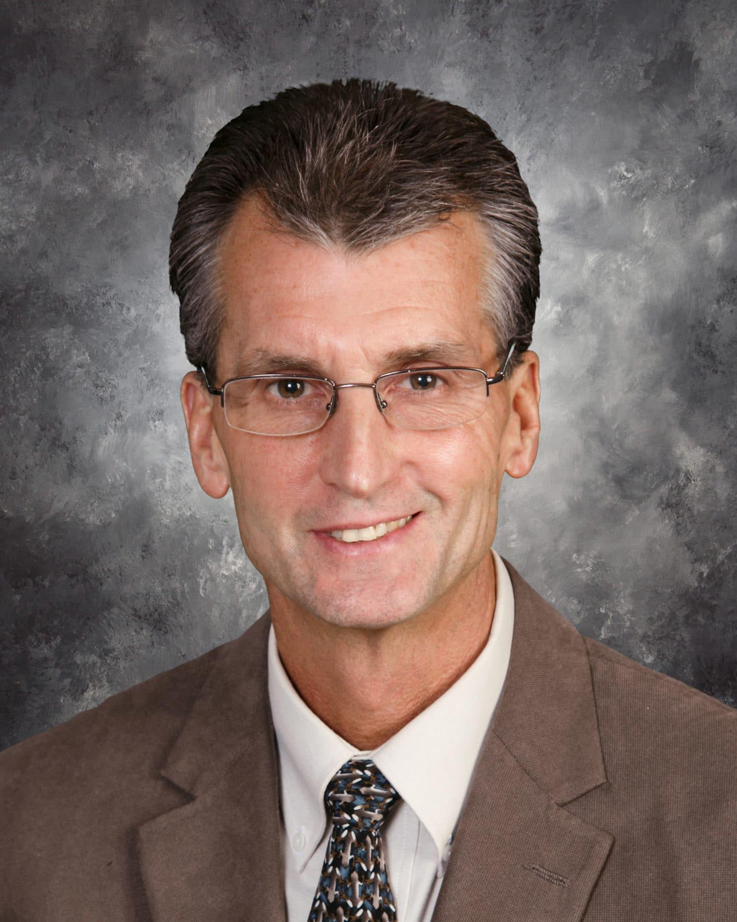 Dr. Lewis E Harpster MD