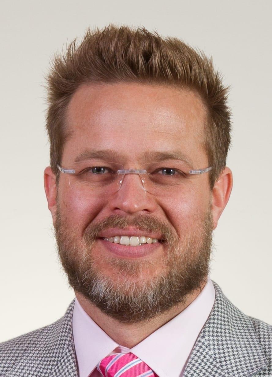 Robert M Whitfield, MD Surgery