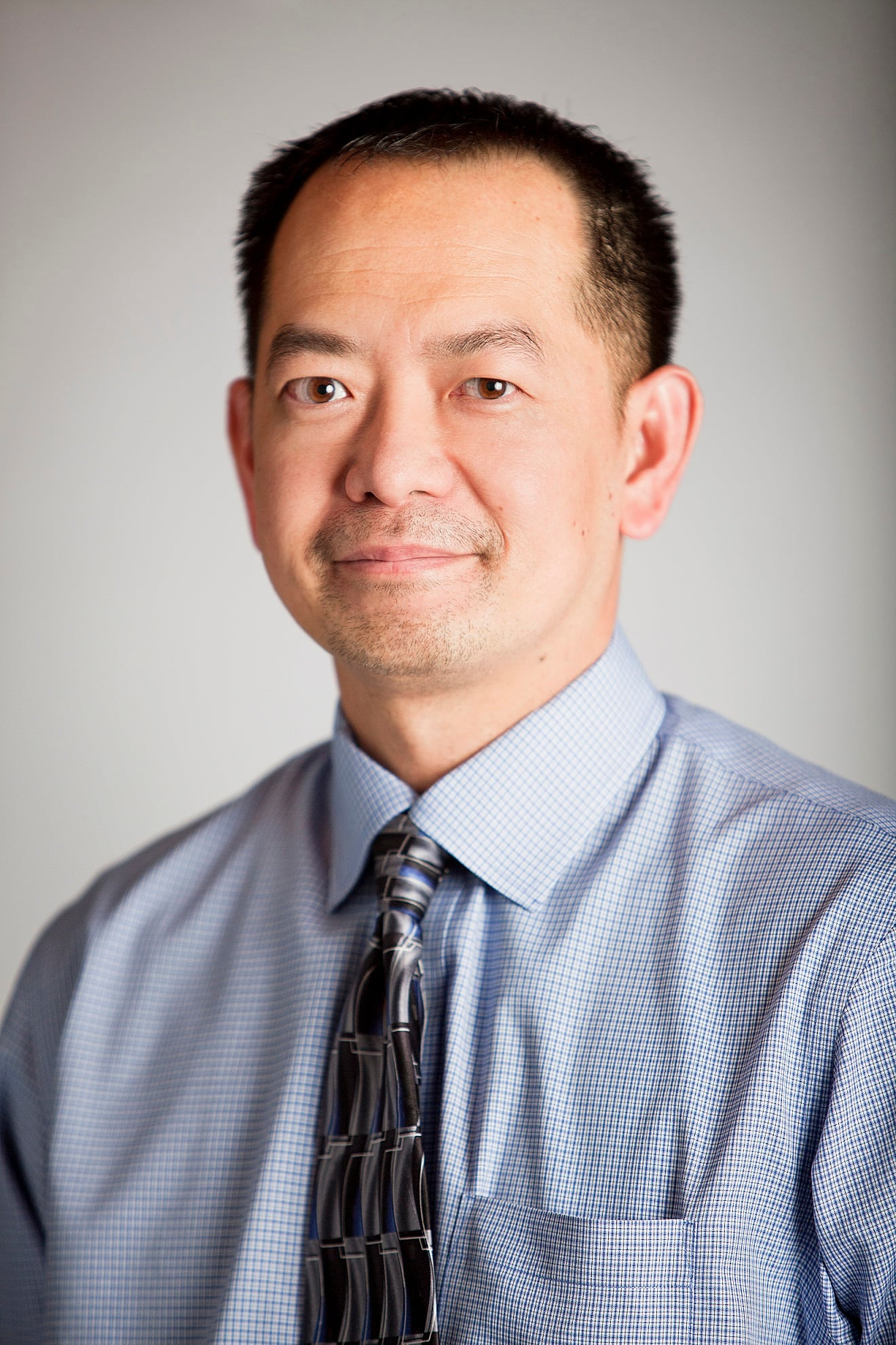 Dr. Quang T Nguyen DO