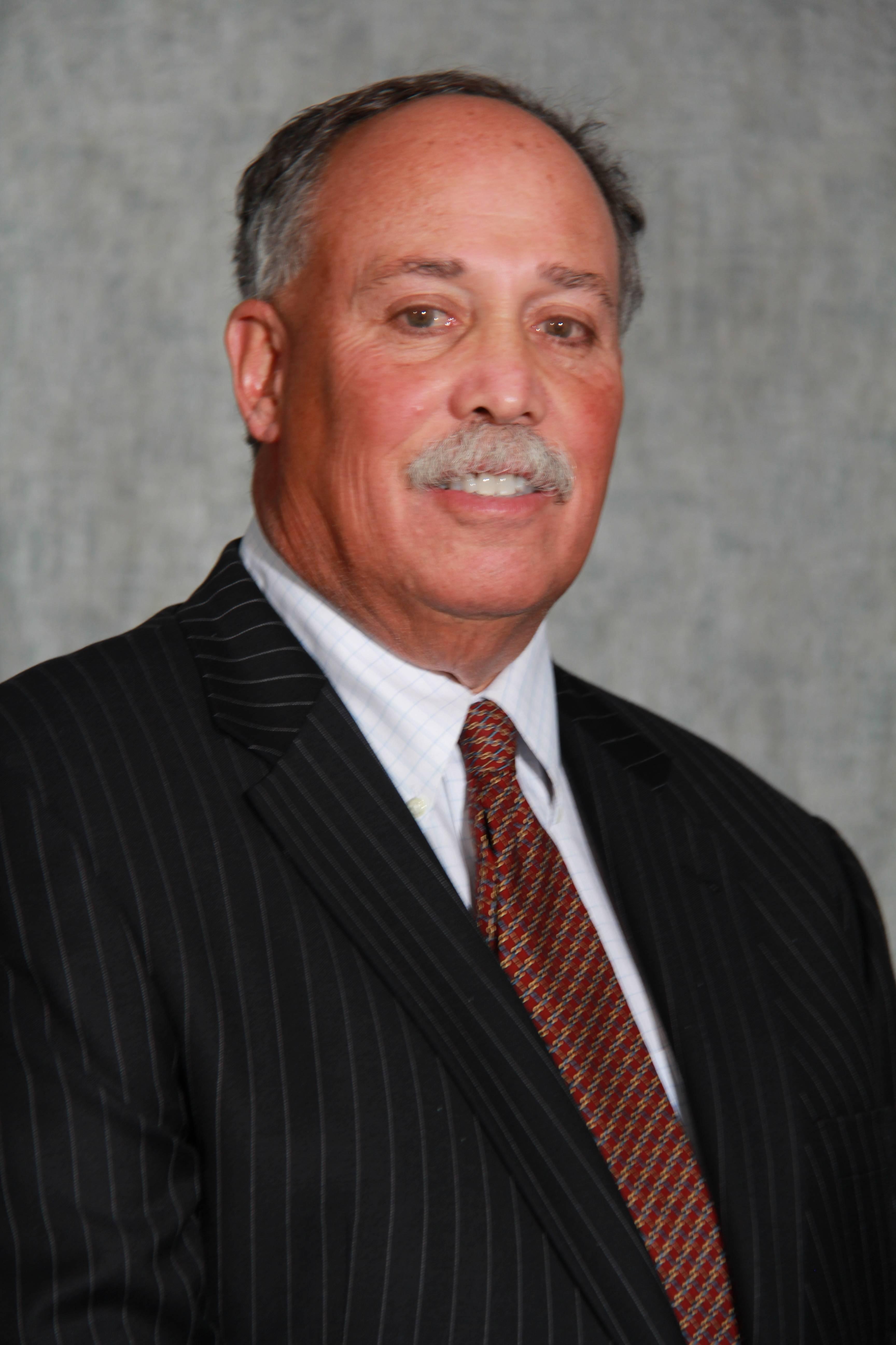 Dr. Steven G Robbins MD